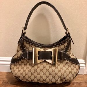 Beautiful Authentic GUCCI Bow Handbag